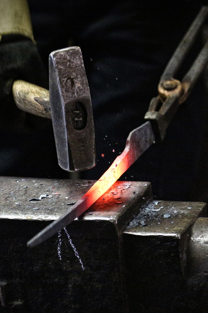 Blade Smithing Course at the Calnan & Anhoj Forge 0 Photo Terry Conroy